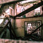 abandoned-house-1209959